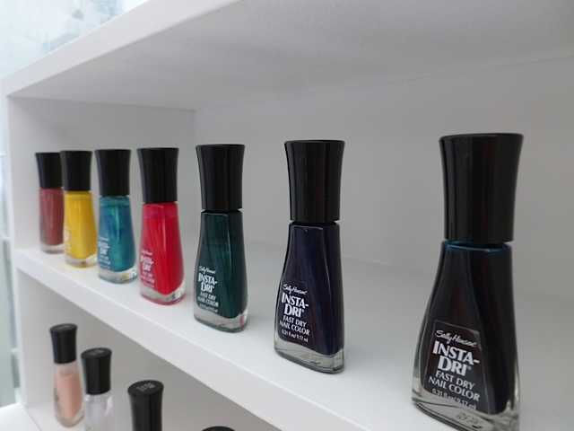Sally Hansen Pop Up Nail Bar